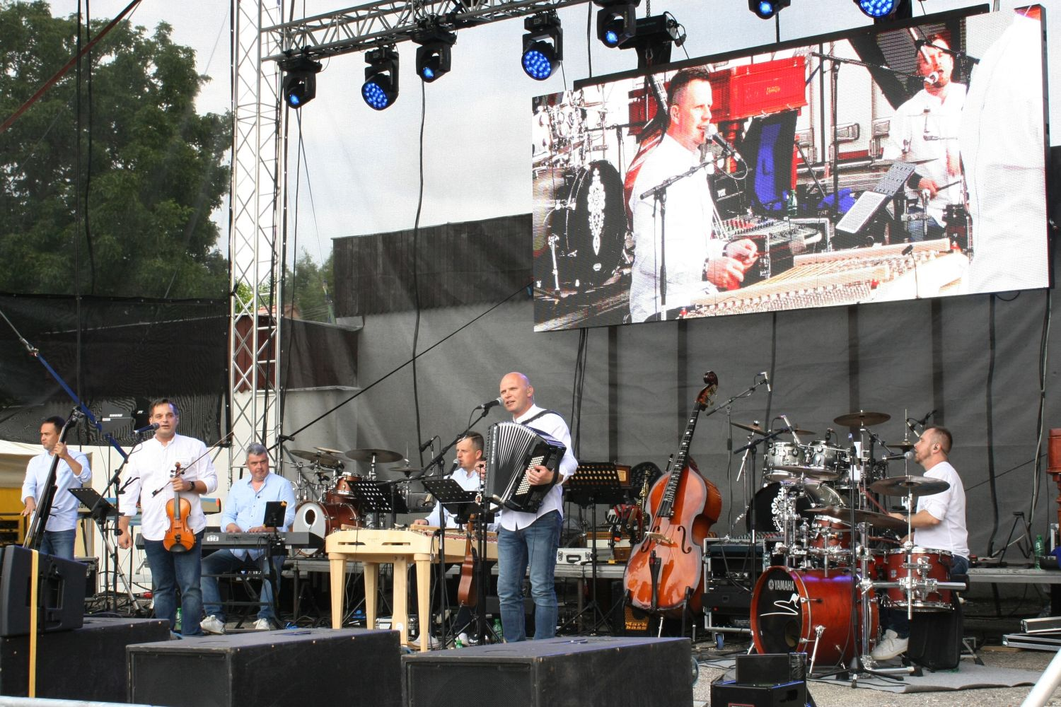 KANDRÁČOVCI MEGA TURNÉ OPEN AIR